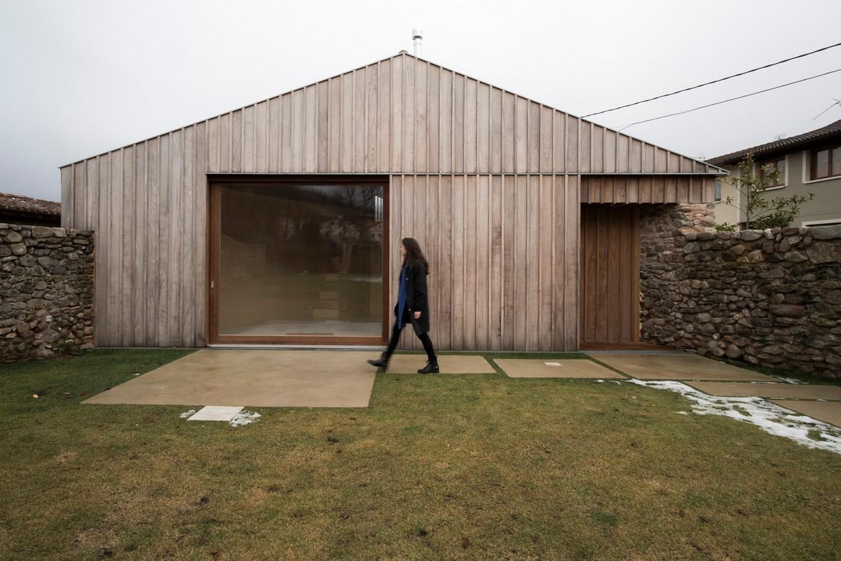 Превращение старого фермерского сарая в сельский дом в Испании