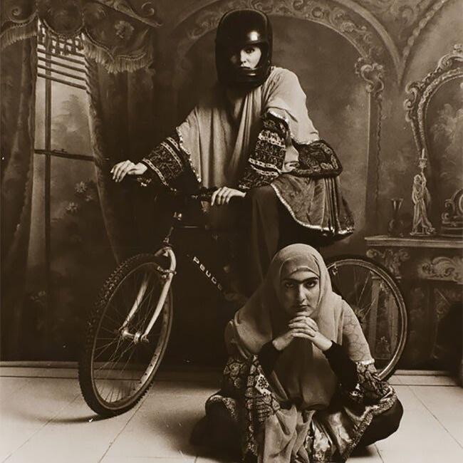 Современные фотопортреты иранских красавиц в стиле 19 века