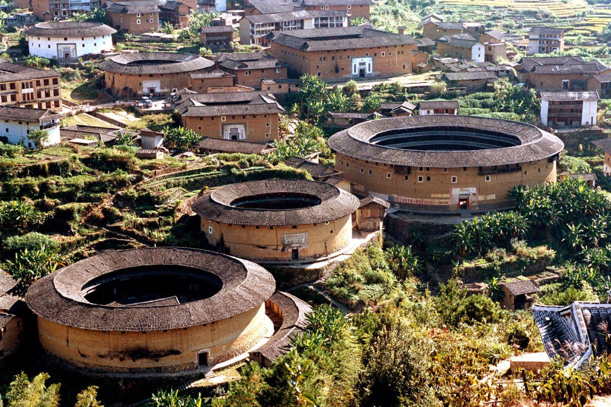 Тулоу — уникальные китайские дома-замки