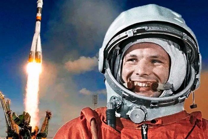 Гагарин мог погибнуть в космосе, почему это скрывали?