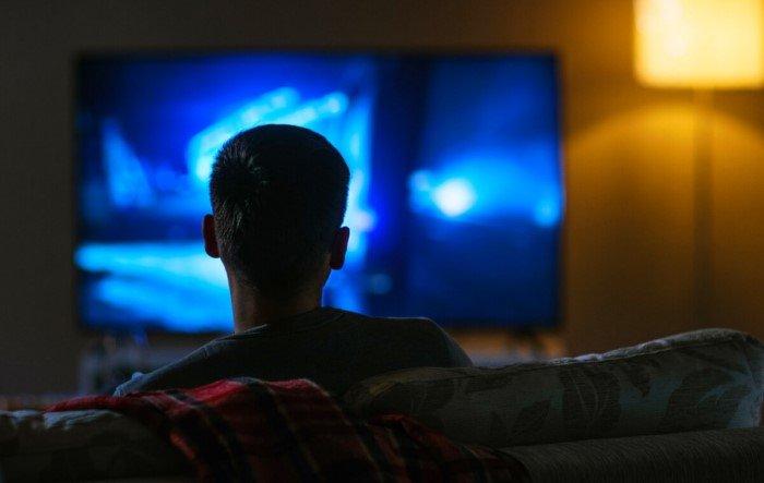 Правда ли, что от просмотра телевизора портится зрение?