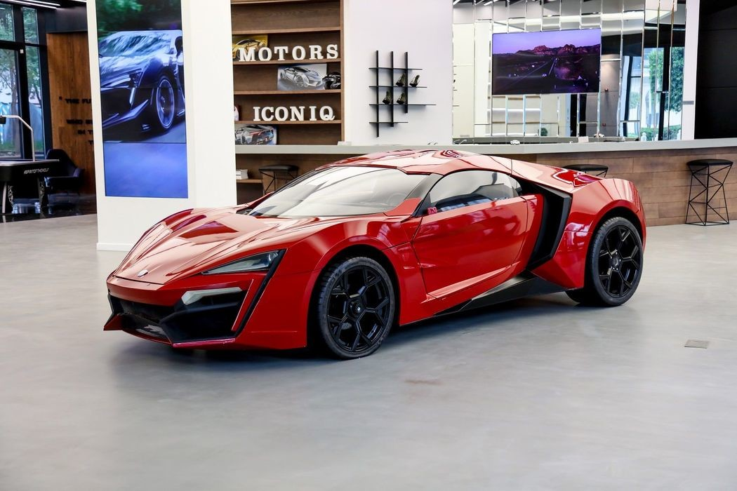 Автомобиль-каскадер Lykan HyperSport из «Форсажа»
