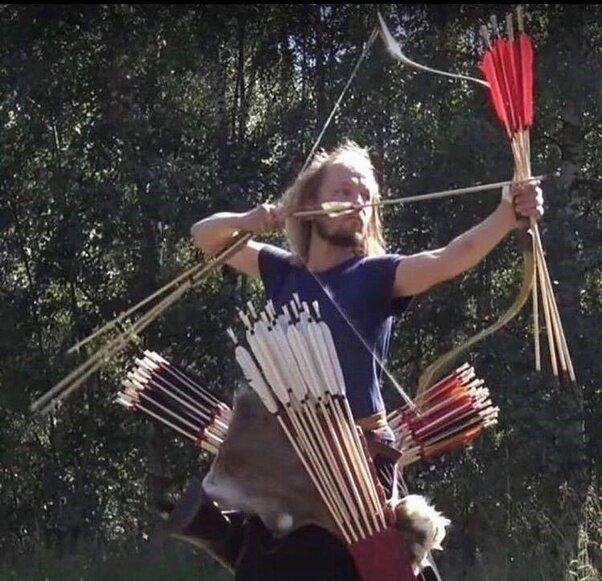 Сколько стрел средневековый лучник мог взять с собой на битву?