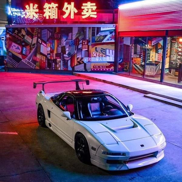 Красивые автомобили на снимках для ценителей