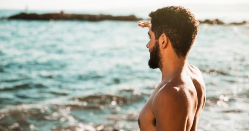 Очень необычно действует на здоровье мужчин созерцание моря