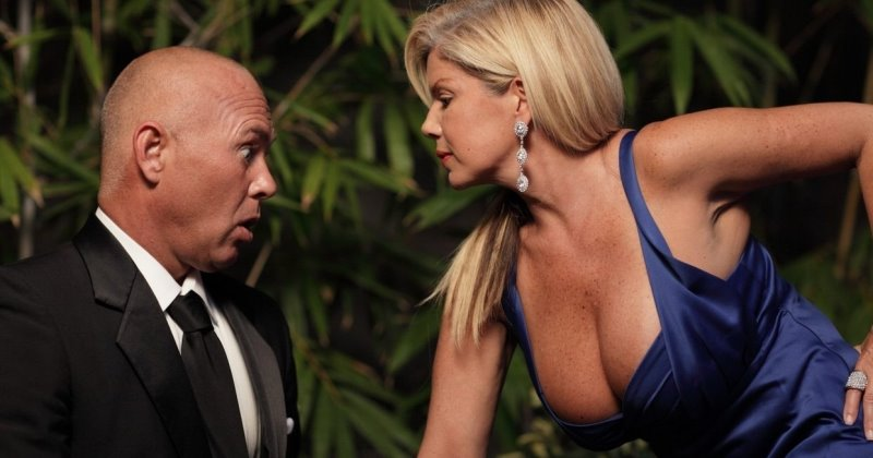 Зачем женщинам большая грудь по версии ученых