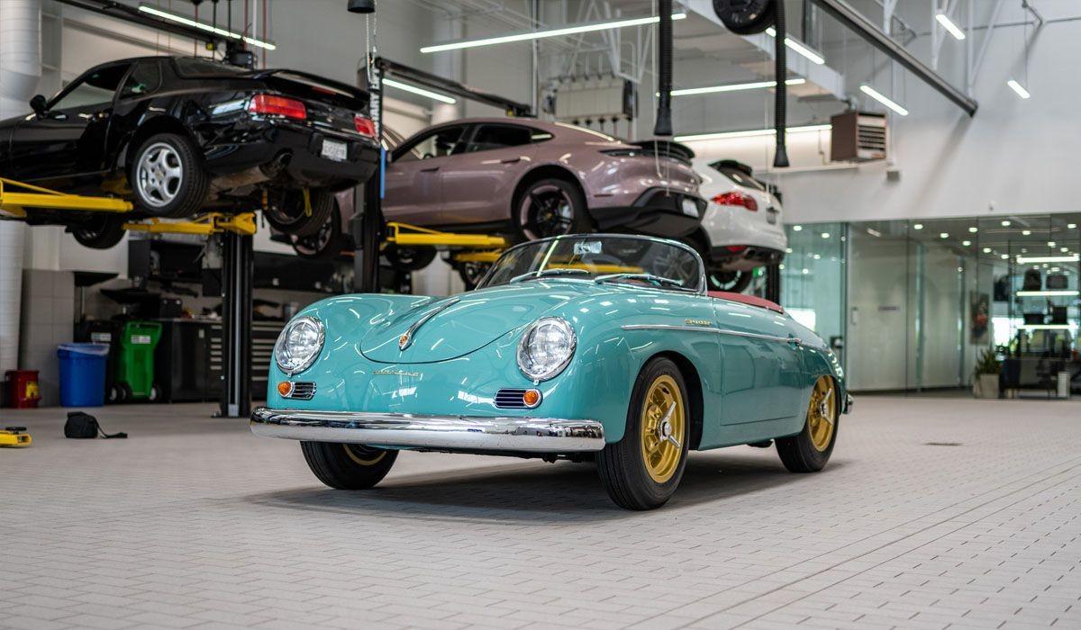Отреставрированный «Galpinized» Porsche 356 Speedster 1955 года