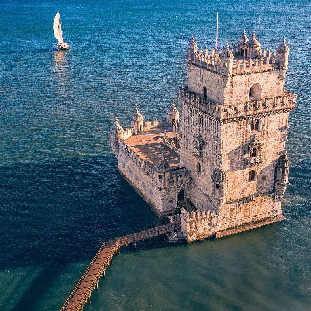 Путешествия и приключения на снимках Питера Раджкая