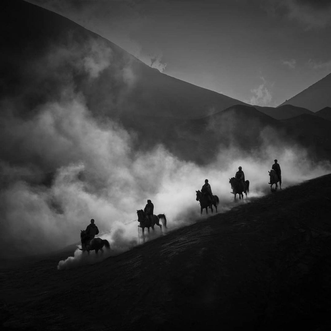 Впечатляющие черно-белые снимки от Дэниела Чонгари