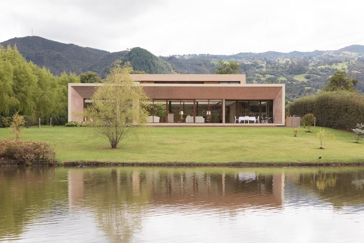 Загородная резиденция в Колумбии